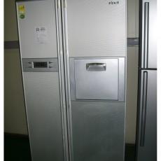 냉장고 680 리터